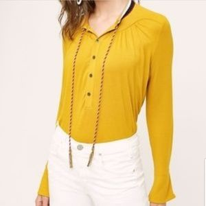⭕5/$25⭕Akemi + Kim Bell Sleeve Goldie Top